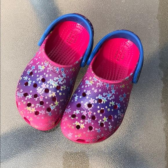 Super Cute Little Girls Crocs   Poshmark